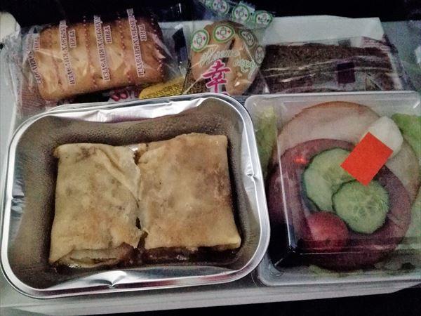 モスクワ~成田の機内食 朝食
