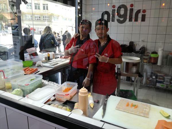 マドリード スペイン広場 nigiri 寿司職人さん