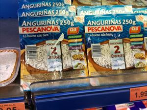 スペインでアンギラス(ヨーロッパウナギのシラス)を食べる