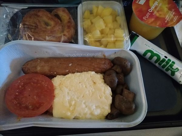 ブリティッシュ・エアウェイズ機内食・イングリッシュブレックファスト